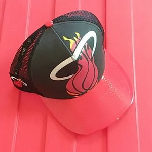 Miami Heat snap back NEW ERA cap NWT